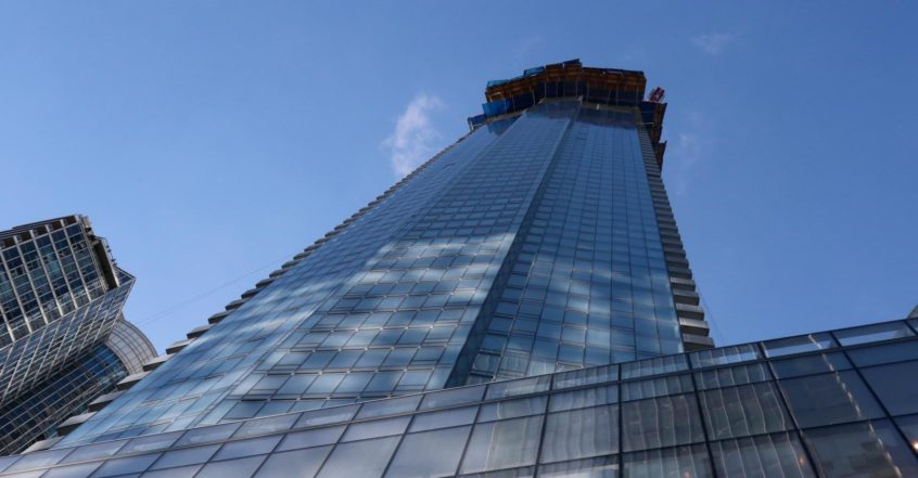 Ten York Tops Off