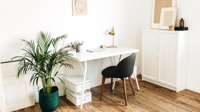 Transforming your Foyer into the Perfect Home Office